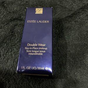Estēe Lauder Double Wear Foundation 6W1 Sandwood